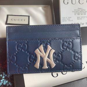 Authentic Gucci MLB NY Yankees logo wallet
